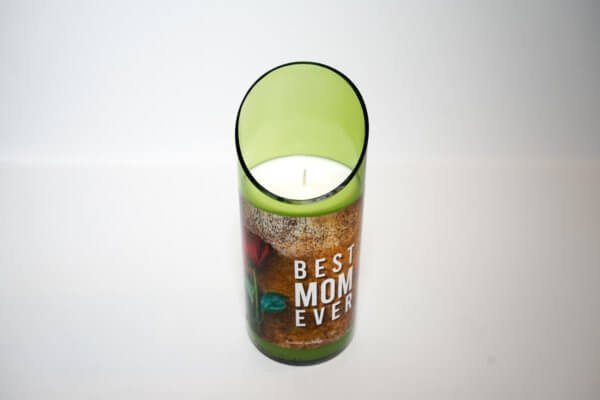 Best Mom Ever in green curved cut glass top view